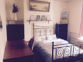 2 Large rooms, new bed, couples accepted, close to Uni&hospital.Refurbished house. Start from £99p/w