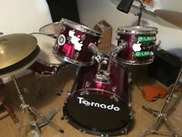 Mapex Tornado 5 piece drumkit with cymbals