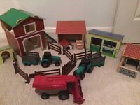 EARLY LEARNING CENTRE WOODEN FARM AND TRACTORS