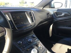 2015 Chrysler 200 S *SUNROOF-NAVIGATION* Kitchener / Waterloo Kitchener Area image 11