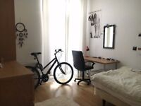 Room to rent in Student Property - Available Now