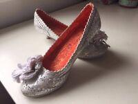Irregular choice mini magic floral Silver Size 3