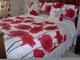 2 SETS DOUBLE DUVET COVERS POPPY +MATCHING CUSHIONS