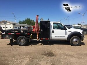 2007 Ford Super Duty F-550 PICKER TRUCK