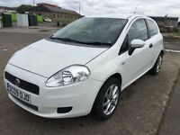 FIAT PUNTO ACTIVE,1.4cc, 3 DOOR HATCHBACK, WHITE, ONLY 55,000 MILES, FULL SERVICE HISTORY,
