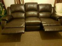 New 3&2 seater Divania international high quality real leather reclining suite