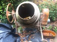 Used Professional Cement Mixer - 120 L