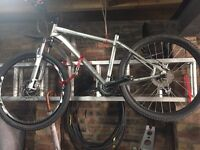 Specialized Myra Elite 10, 17inch disc brakes, purchase paperwork available.