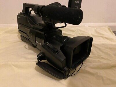 Sony HXR-MC2000E HD-Camera with bag, very good condition