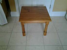 Solid pine lamp/side table
