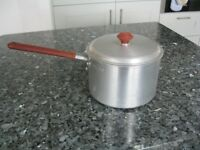 "Vintage Retro 1950's Crown Merton Aluminium Saucepan - Burgundy - 7"" / 5 Pints"