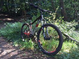 "Diamondback HEIST 2.0 Mountain Bike 2016 (Size 18"")"
