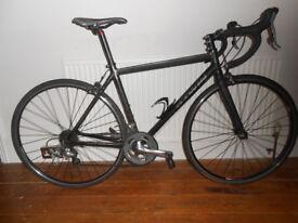 Btwin Triban 7 mixed aluminium carbon road bike 54cm
