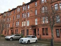 Large Studio Flat with separate bedroom, partly furnished, £450.00 Pcm, Govanhill.