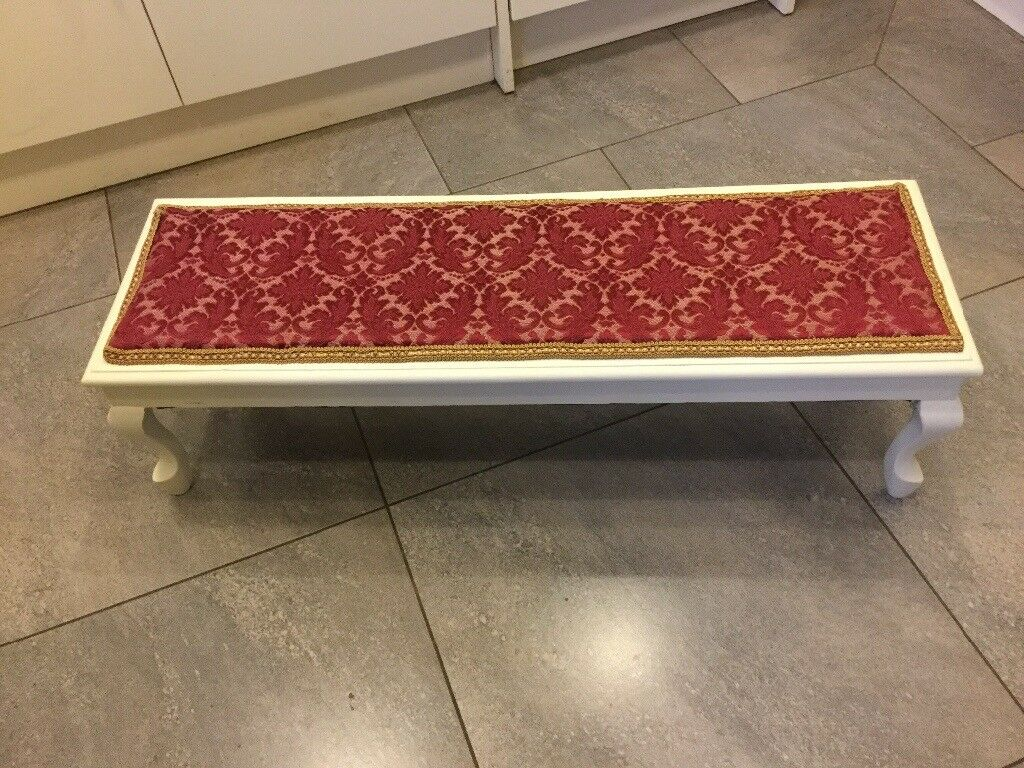 LOW LEVEL UPHOLSTERED FOOTSTOOL