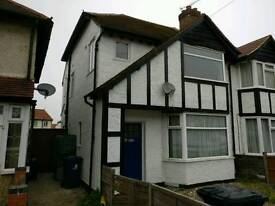 3/4 Bedroom House in Greenford