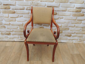 Dining chair with rounded arms (Delivery)