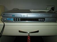 LG DVD PLAYER/VIDEO CASSETTE RECORDER