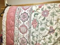 Single bedspreads and pillowcase