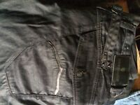 7 pairs of denims sizes 38 waist