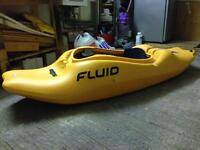 Fluid flirt (M) small river kayak / play boat