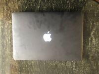2017 Apple MacBook Pro 128gb