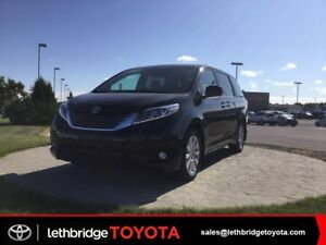 2017 Toyota Sienna - Please TEXT 403-894-7645  for more informat