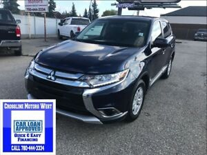 2017 Mitsubishi Outlander LOW LOW KM CALL TO FINANCE