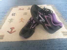 Black/Purple trainers