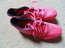 puma pink spikes for running good condition