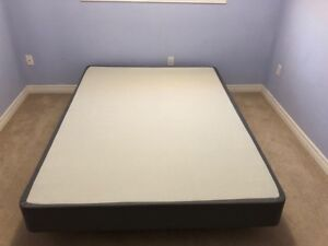Queen bed, box spring and mattress