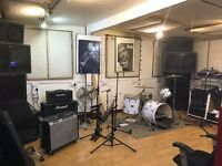 Band rehearsal room, production studio to share near Old Street