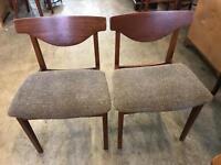 6 retro dinning chairs