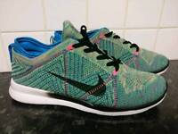 NIKE FLYKNIT FREE TR 5.0 SIZE 8.5 NEW