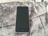 Apple iPhone 5C - 8GB Vodafone (can be unlocked) white immaculate condition