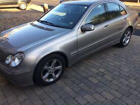 Mercedes-Benz C Class 2.1 C220 … 2004 (04 reg)