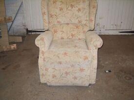 Fabric Recliner Chair 49/6/16