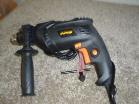 CHALLENGE HEAVY DUTY ELECTRIC DRILL VGC - BARGAIN AT £18- QUID - HARDLY USED