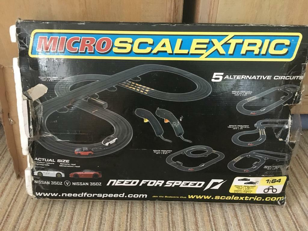 Micro Scalextric Set (Sold)