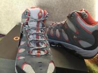 New Men's Merrill Ridgepass Goretex Boots