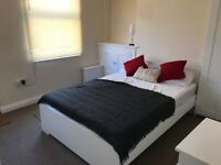 Large Double Room in Newly Renovated House Share in NG15