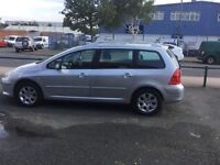 Peugeot 307 SW 1.6 Petrol 2006 in Silver Estate with Panoramic Roof. Cat C,