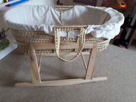 Moses basket with wooden rocker, mattress and fitted sheets