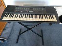 Yamaha PortaTone PSR 200 Electronic Keyboard