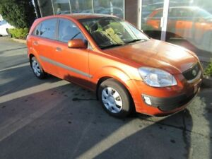 2008 Kia Rio AUTO HATCH WITH ONLY 116K