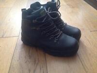 Ladies Capp Boots size 6