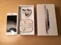 iPhone 5 Excellent condition & Fully working UNLOCKED