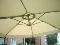 New Large cream parasol