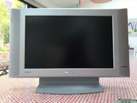 """Philips 17"""" widescreen LCD"""