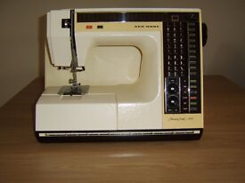 Memory Craft 6000 Sewing machine,excellent condition,complete with instruction manual